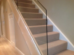 free standing glass balustrade